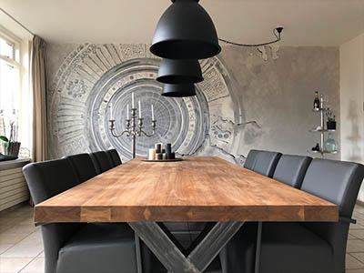 Eettafel met stalen frame 172102